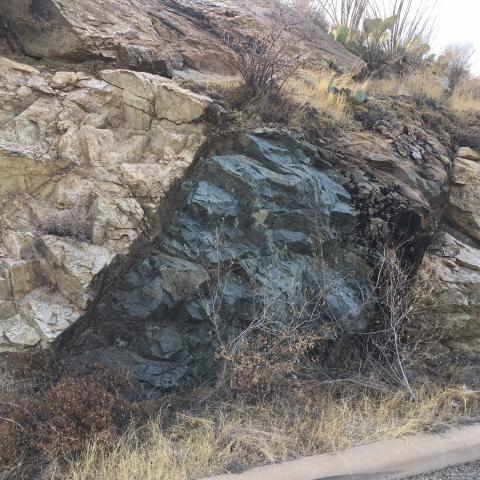 Basalt dike cuts gneiss