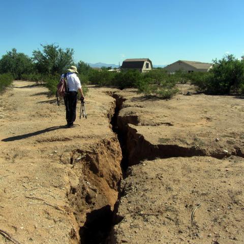 fissure, geologic hazard